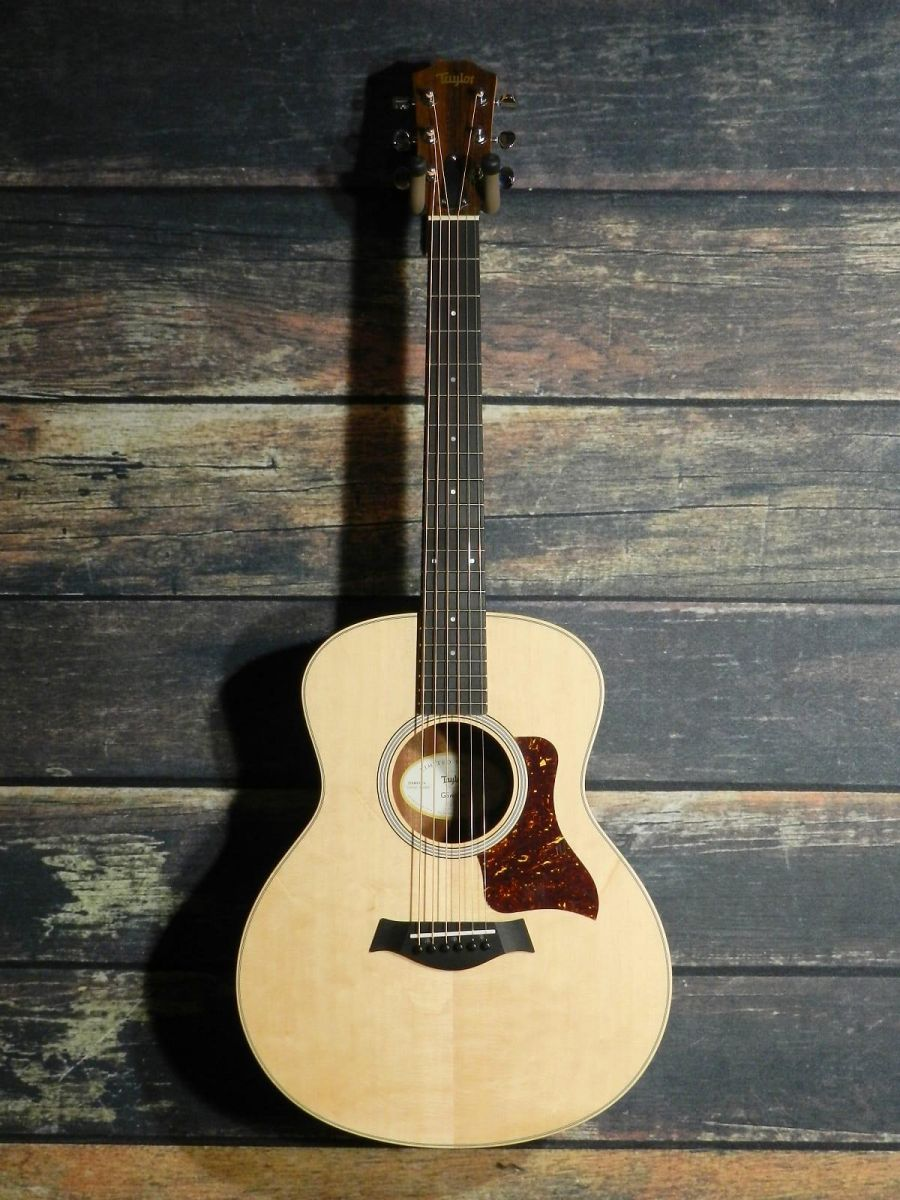 Đàn guitar Taylor GS Mini-E