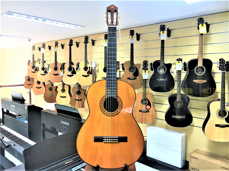 Đàn Guitar Yamaha C70 , Chính Hãng Giá Tốt
